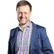 Piotr Magnuszewski - science director